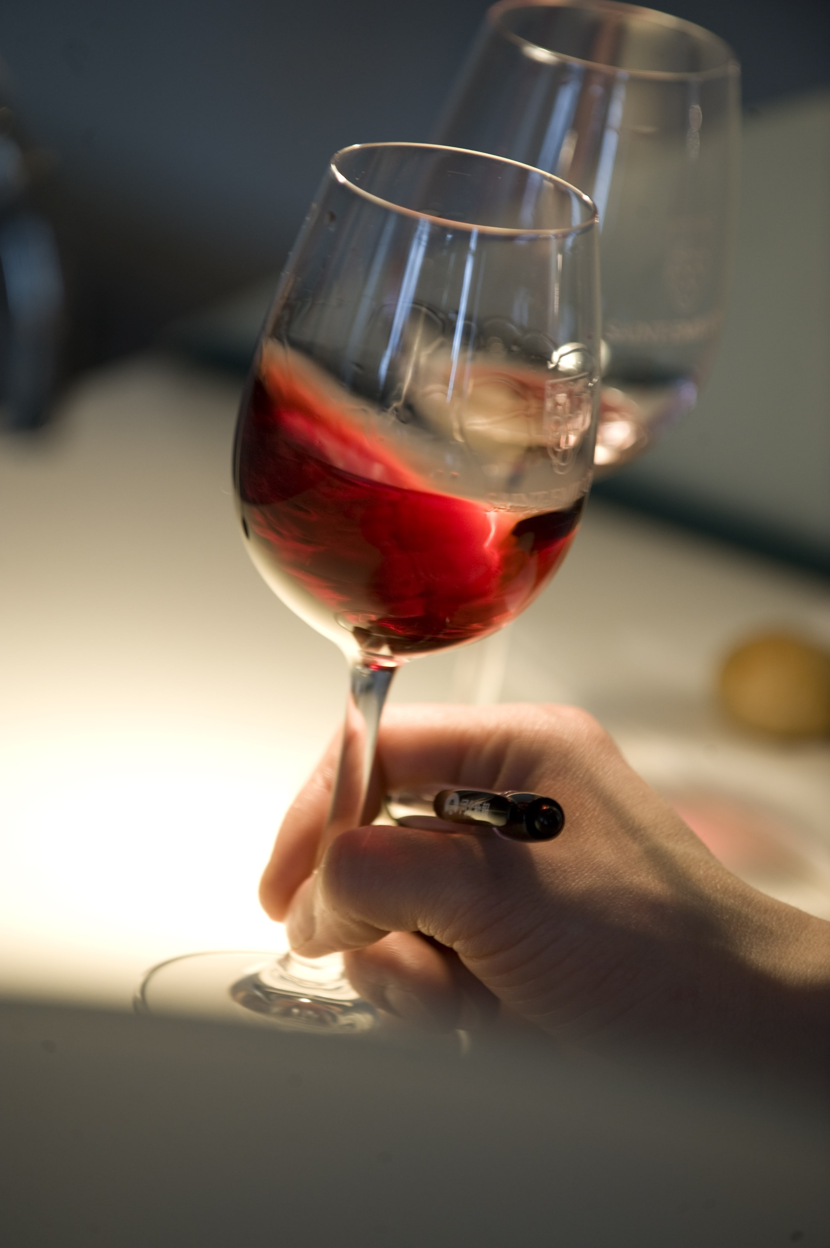 Serving wine - Saint-Émilion wine
